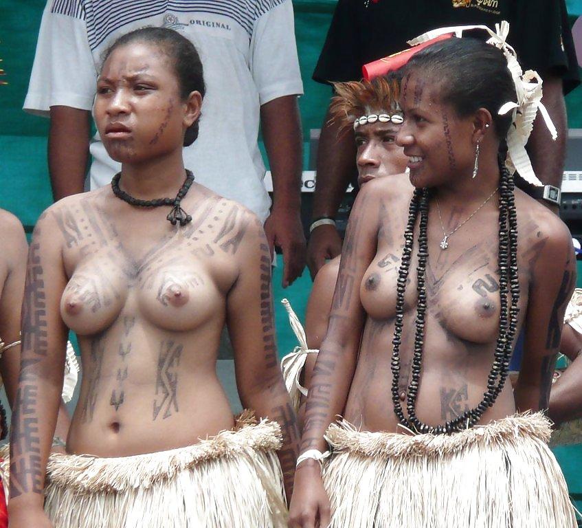 foto-pizda-aborigenok-pizda-drochka-masturbatsiya