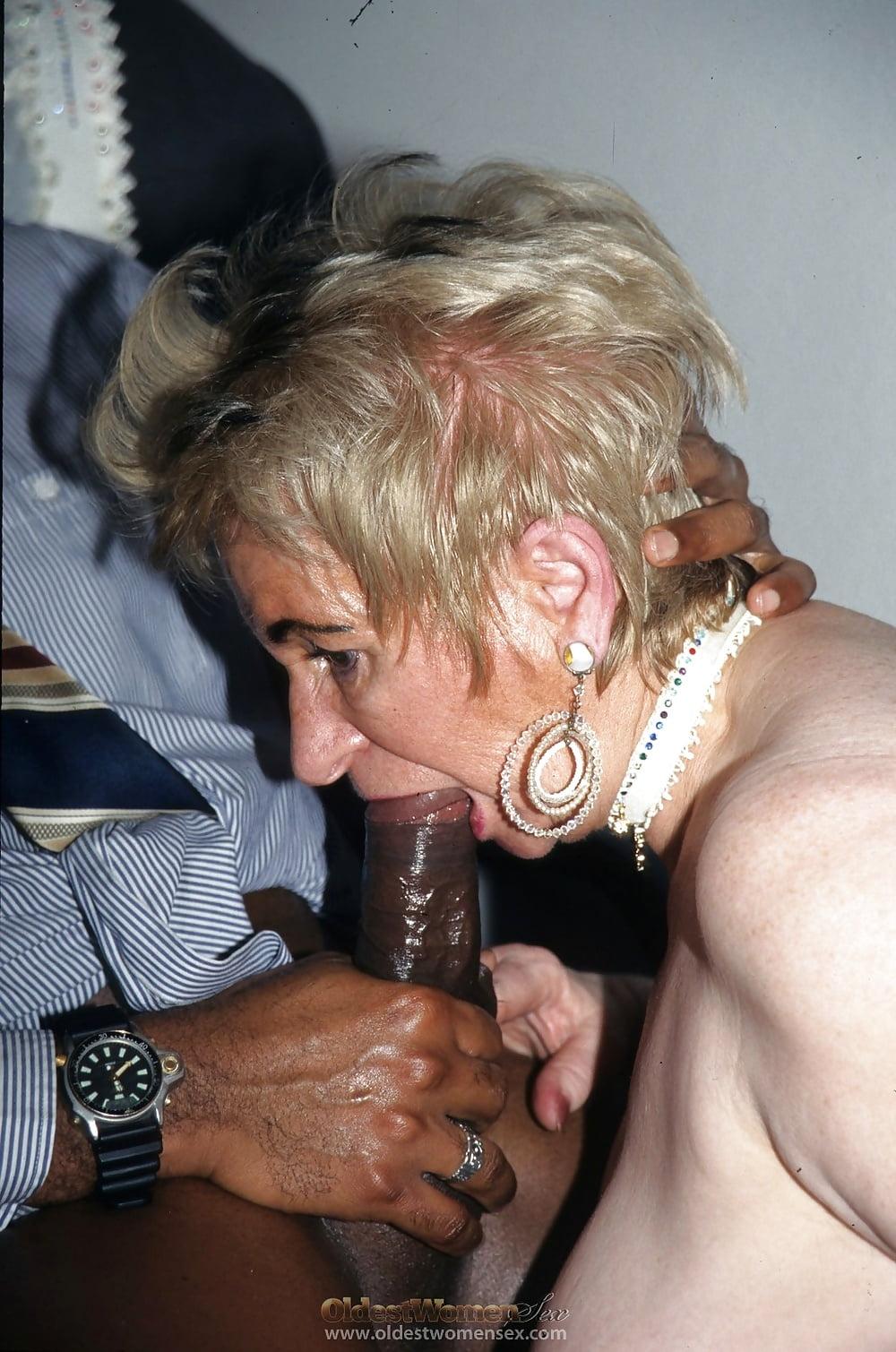 Granny cum mouth free sex pics