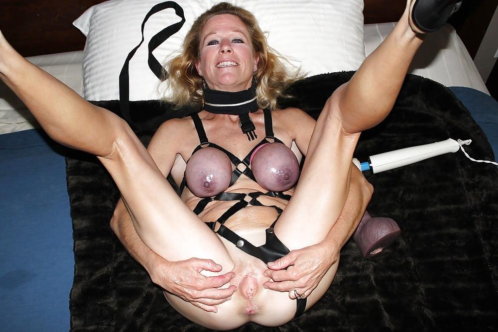 Amateur submissive porn pics