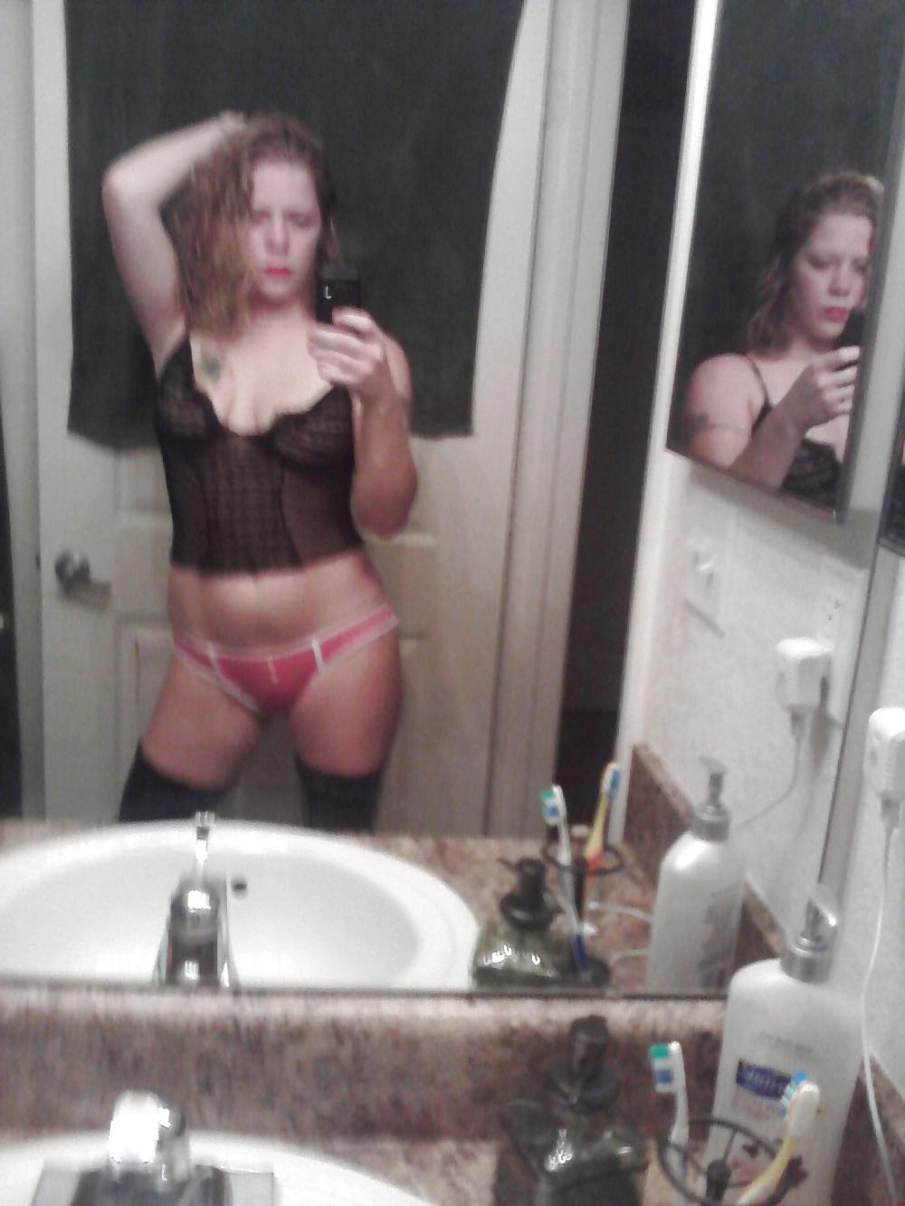 Getting dressed for the bar. Do I Look Like A Slut? porn gallery