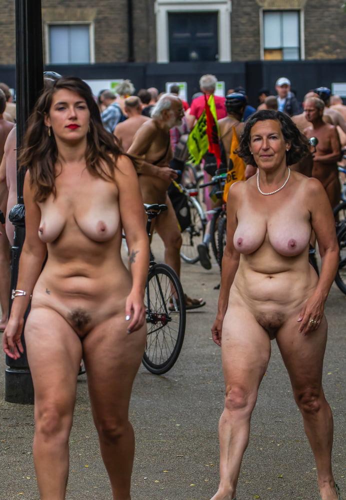 Sexy Naked Girls Hot Nude Women Pics