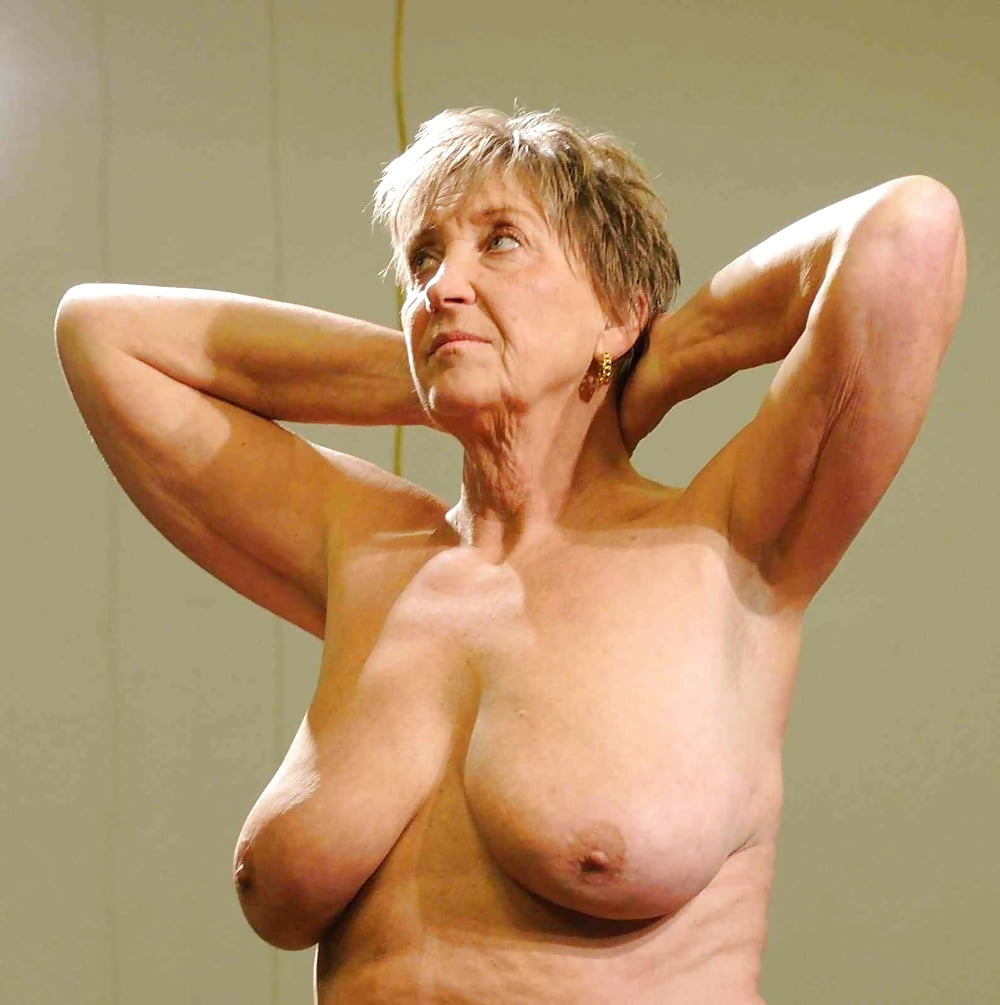beautiful-grandma-naked