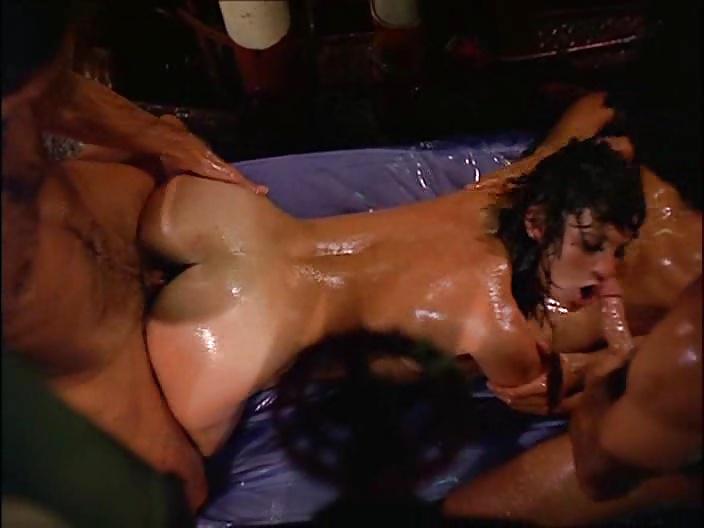 Ideal Leslie Bovee Nude Pics
