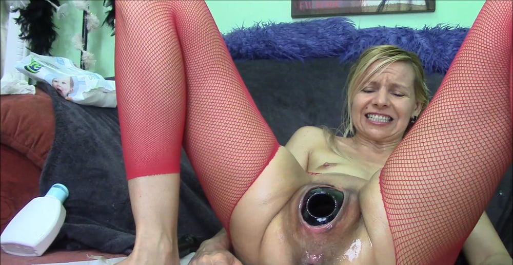 mega-fisting-porno-video