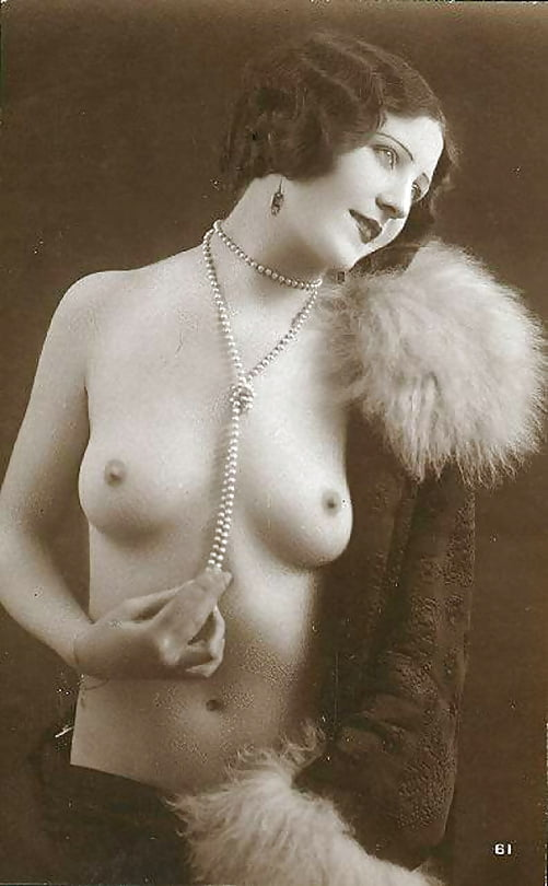 French real nude — pic 10