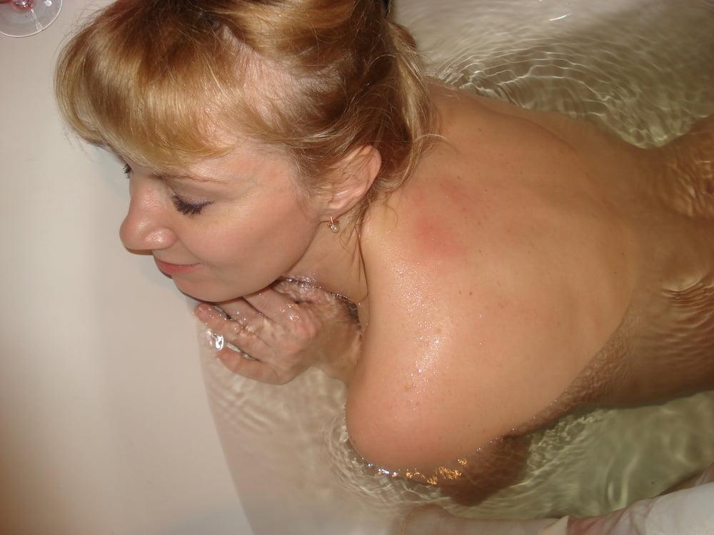 Как купается моя тетя видео #11