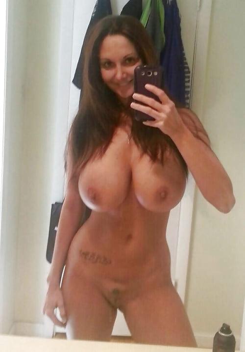 Amateur Nude Selfie Big Tits