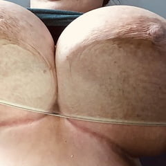My Big Round Heavy Bbw Tits Squashed Against Glass Table