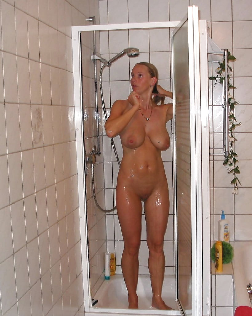 milf-in-shower-floor-rate-young-girls