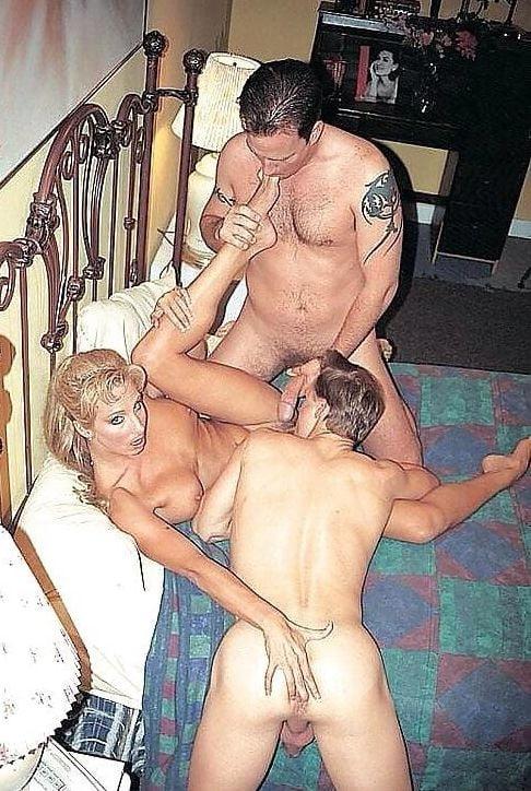 Female bisexual swinger photo galleries