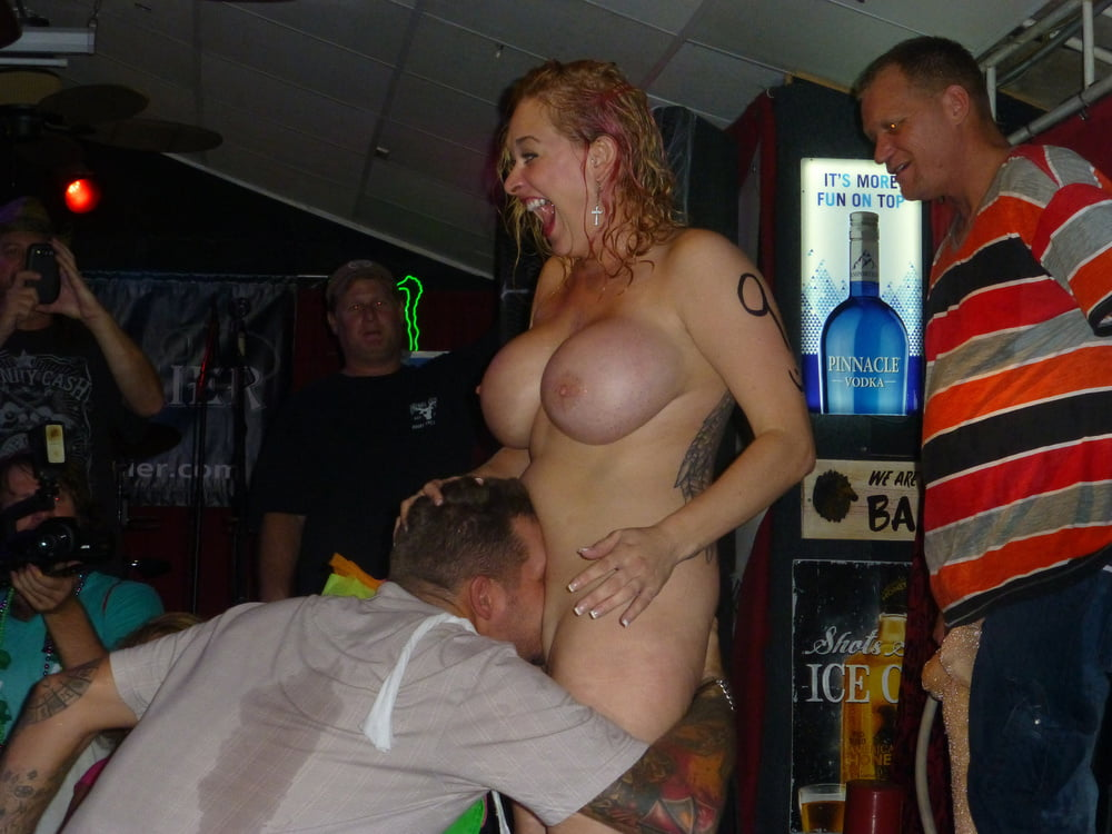 Sex boob drunk — pic 13