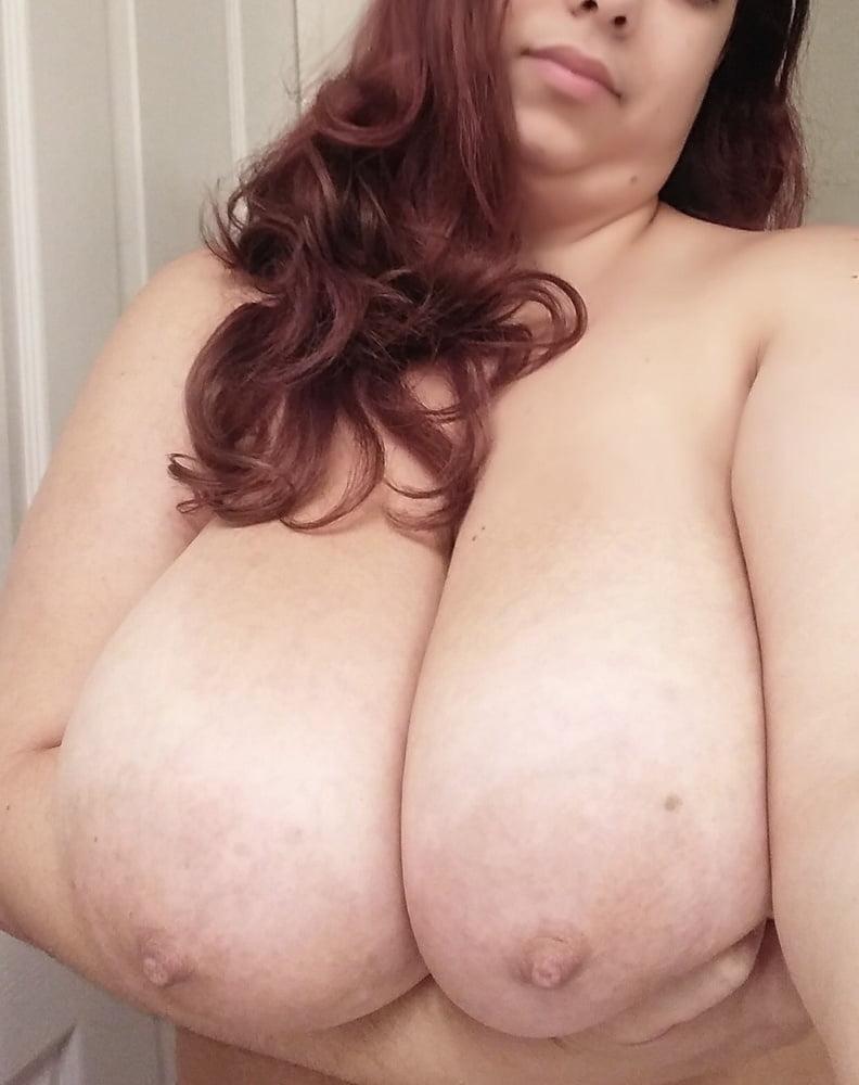 Huge Tits Ddd