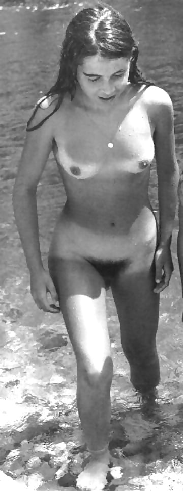 Vintage Nudist Teens - 4 Pics - Xhamstercom
