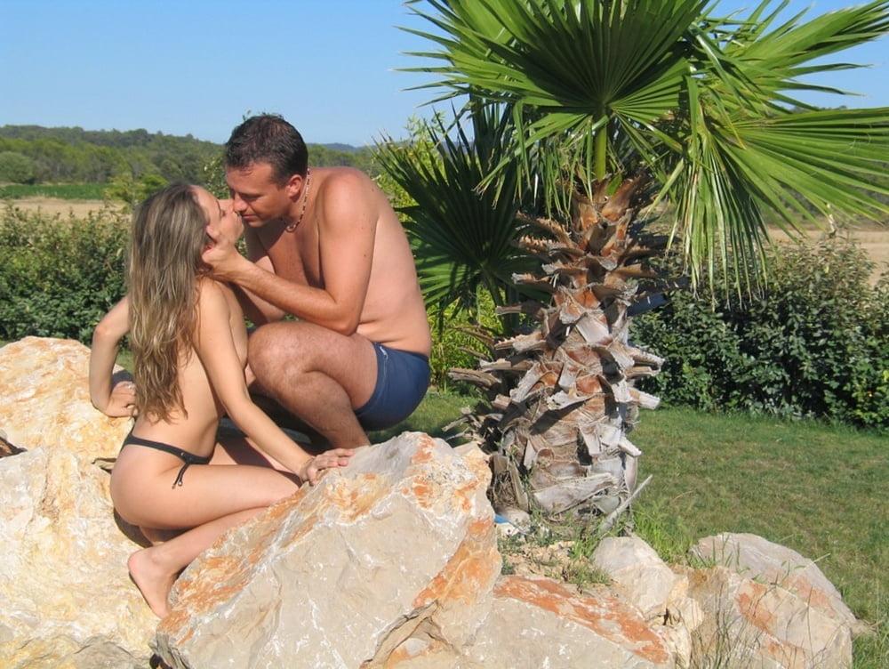 С мужем интим отдых видео, фото девушек голых сосут