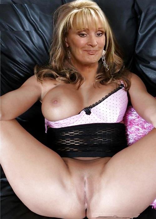 Karine Ferri Nude Celebrities