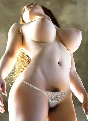 Sexy babes with big tits- 95 Pics