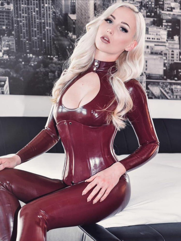 Latex porn cat lucy lucy