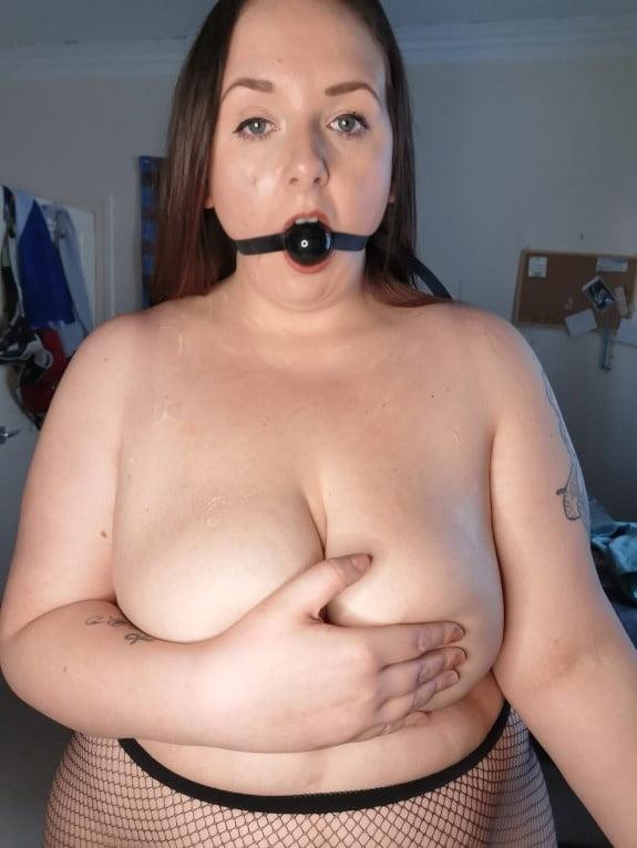 Kirsty, sexy FAT Scottish MILF Slut - 9 Pics