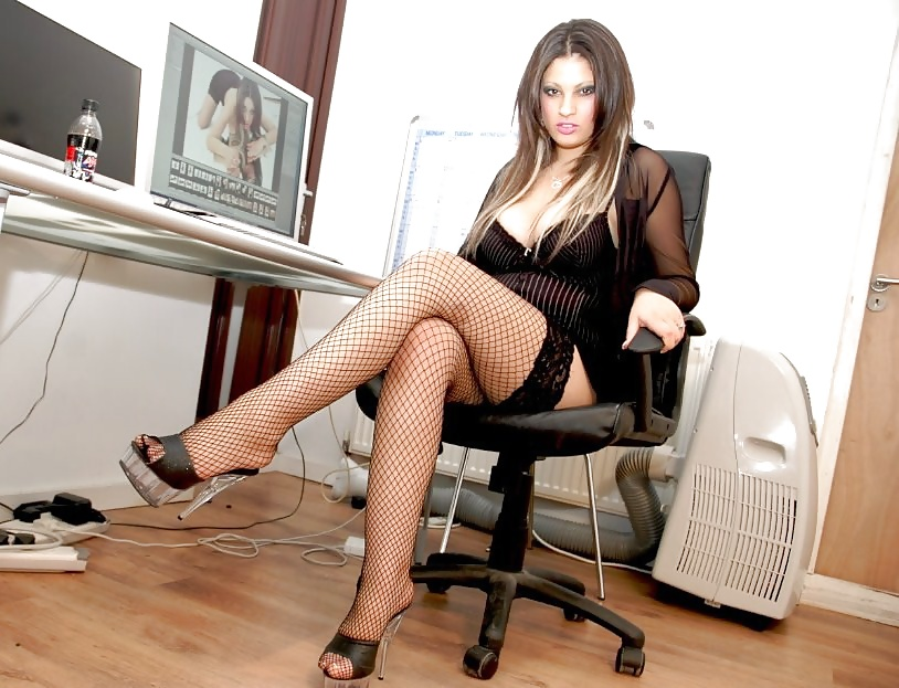 Opinion you Sexy crossed legs stockings apologise, but
