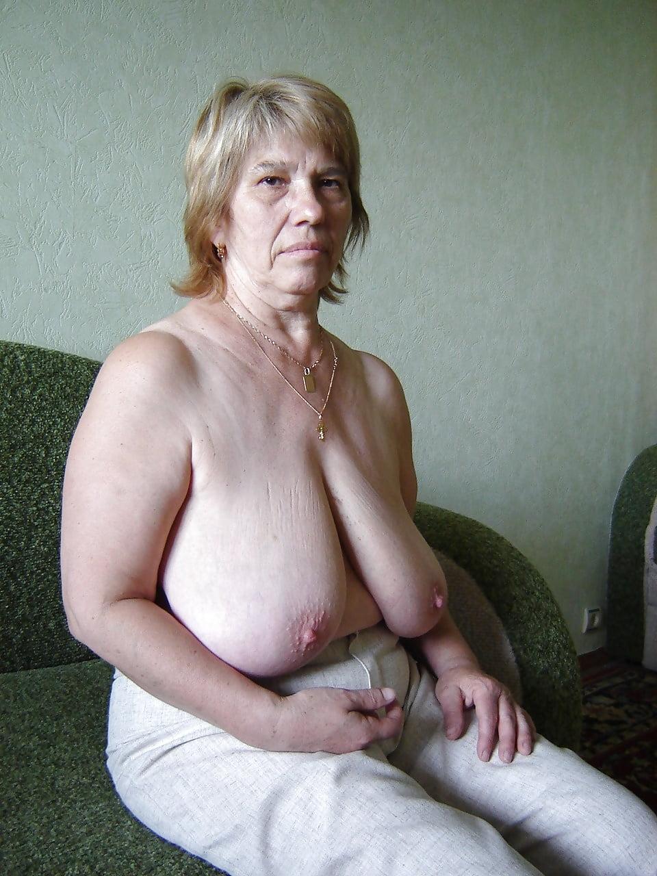 Порнуху студентки любительские фото голых тещи просвечиваются бикини