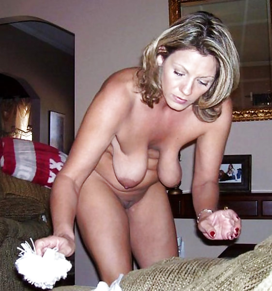 Mature saggy wife — pic 5