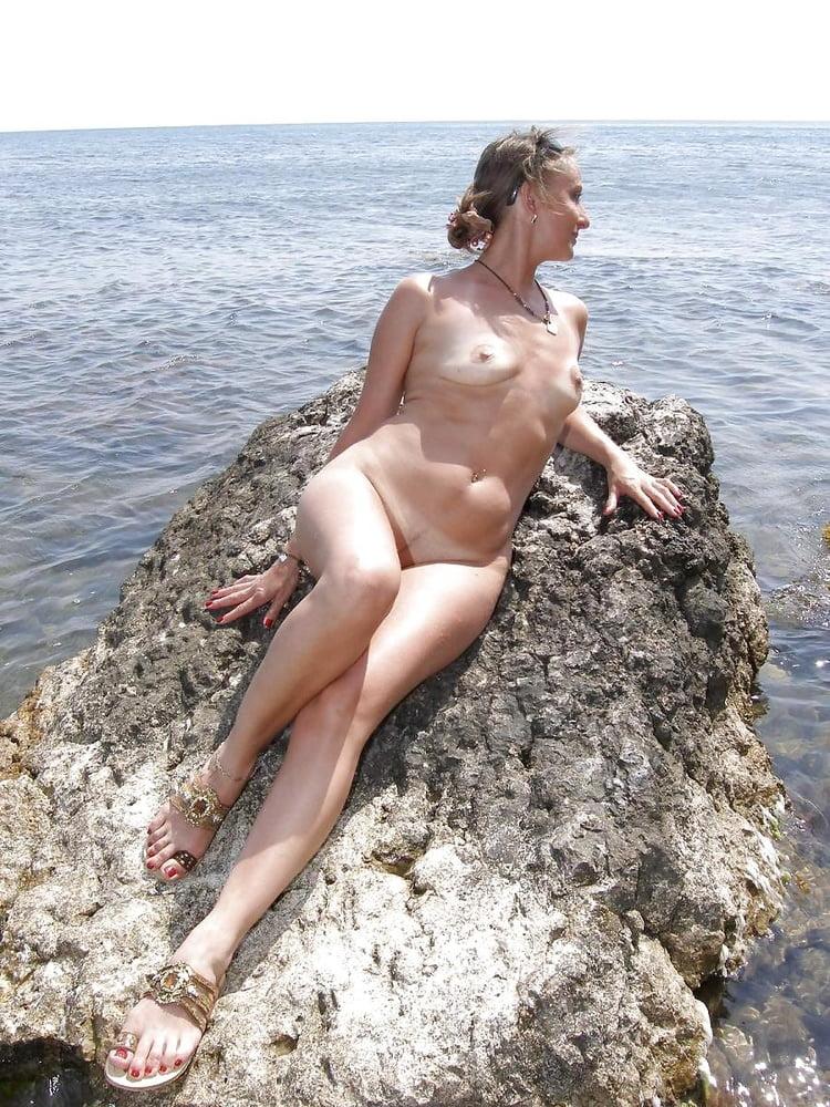 жена на море голышом - 11