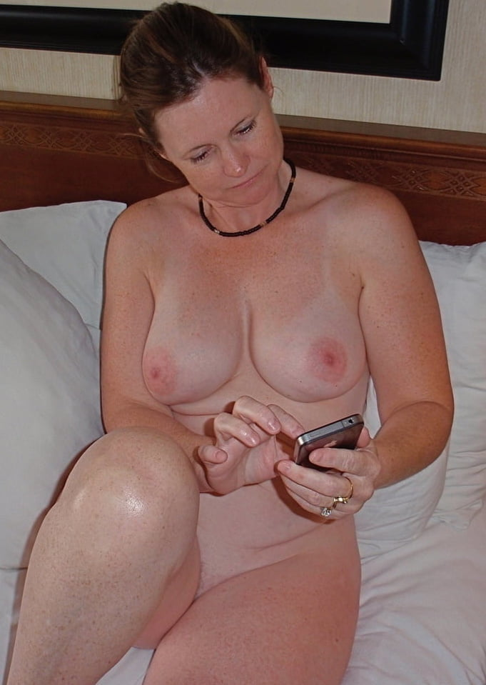 Real cheap deletable grannies and matures - 186 Pics