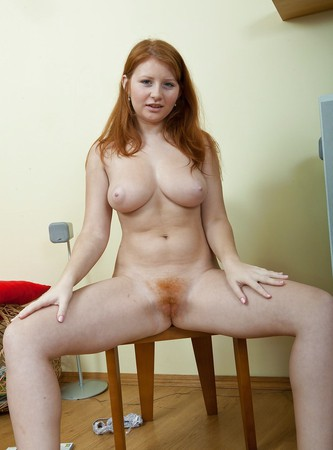 Boobs Redhead Scarlett Nude Photos
