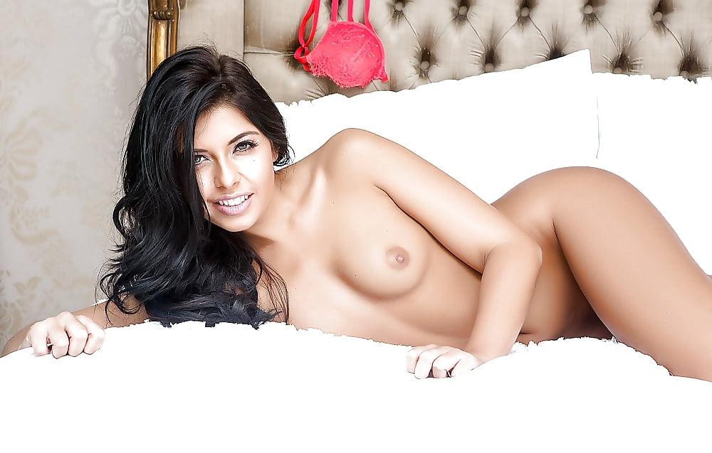 Naked Kara Styler In Hot Desires Ancensored