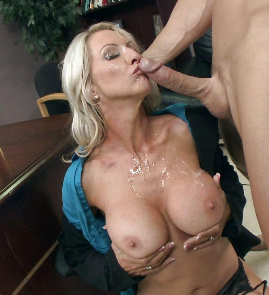 Best huge tits sites-1491