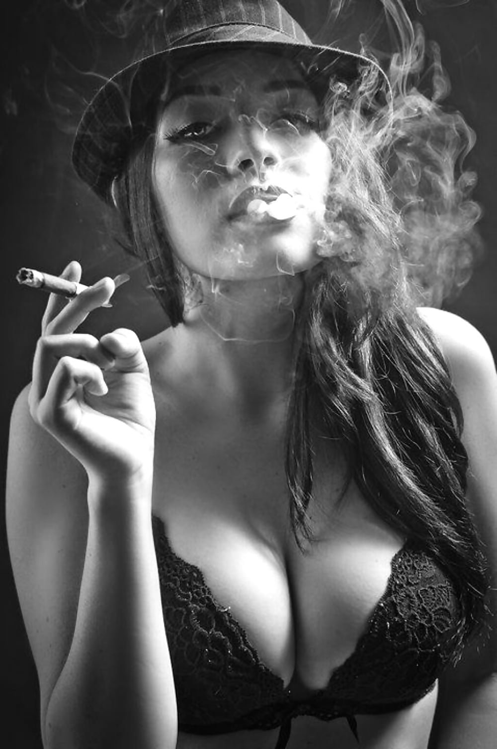 sexy-nude-pictures-of-girls-smoking-bbw-camping-threesome-pics