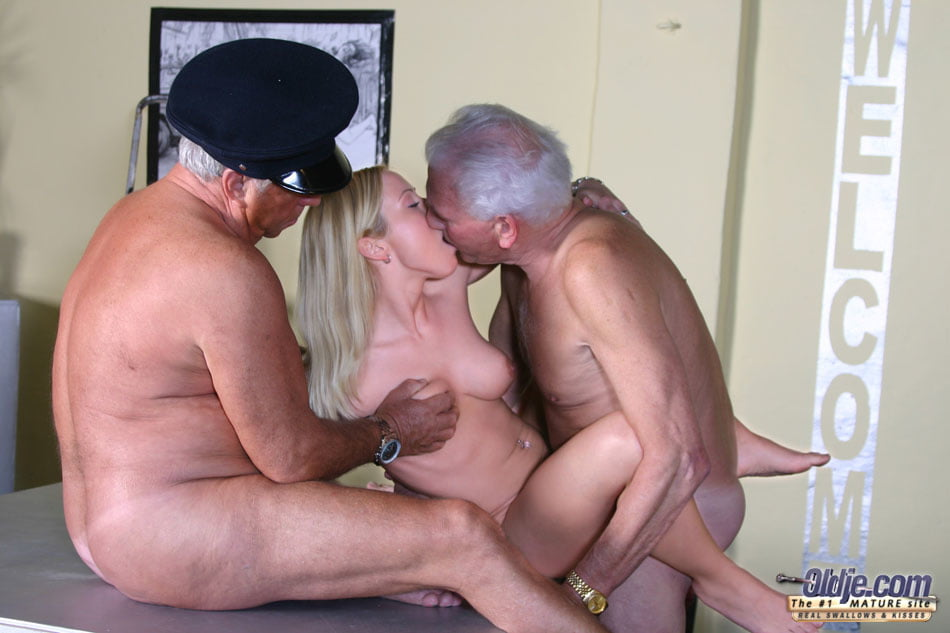sex-with-ugly-old-man-fuck-clips-porn-pics-girls