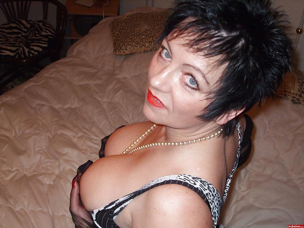 Sexy mature big tits-5146