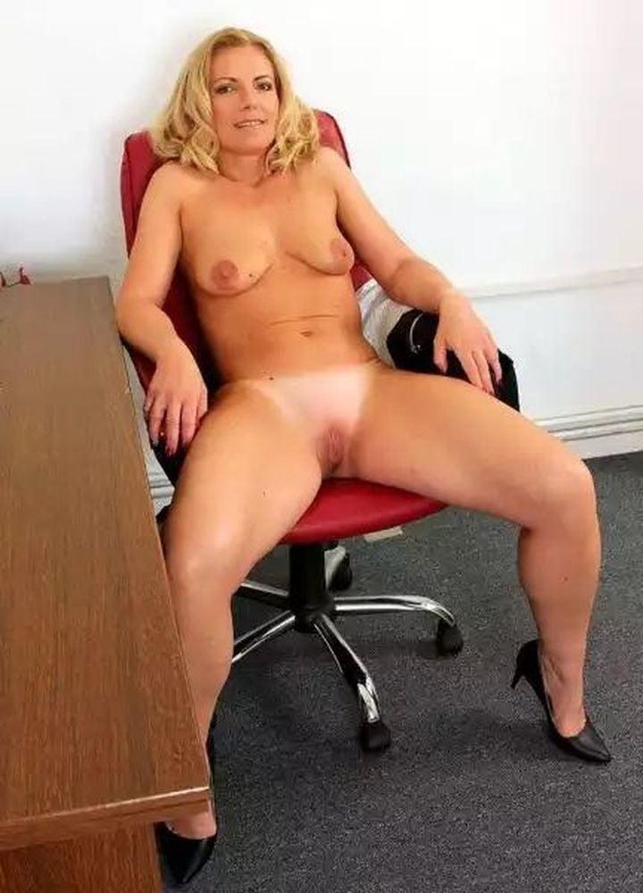 Mature nude tan lines-8667