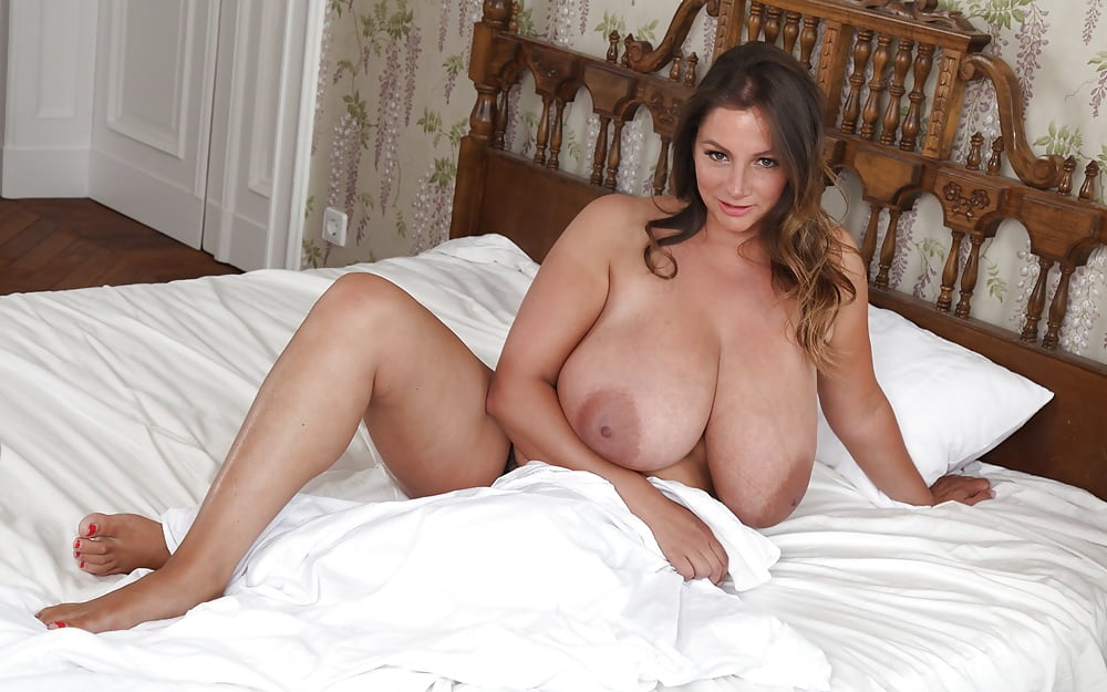 Nadine naked — 1