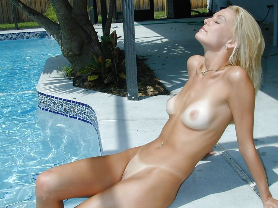 Naked White Girl With Tan