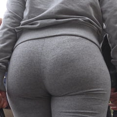SPANISH BIG ASS IN YOGA PANTS