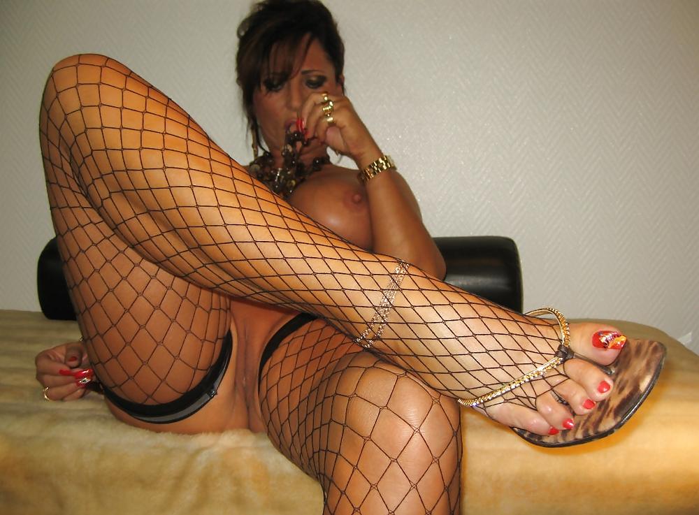 Проститутки foot fetish как снять проститутку в семипалатинске