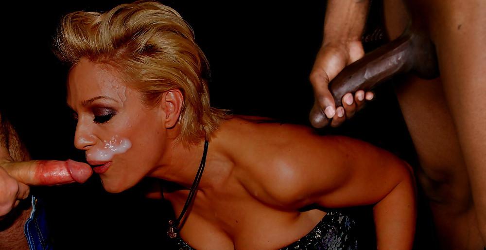 Hewer nackt michelle Tanja Hewer