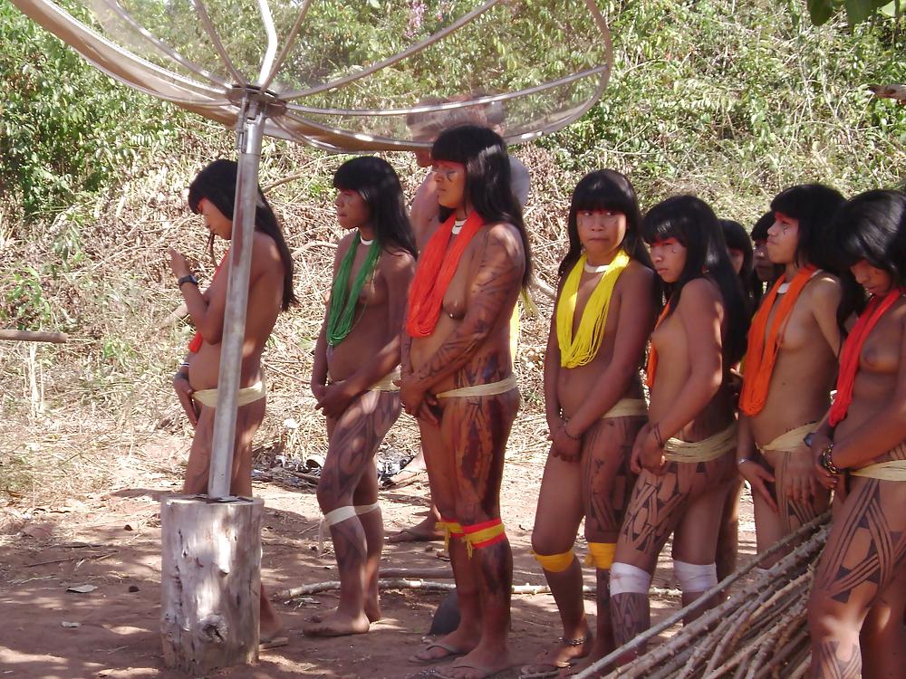 ero-foto-dikie-indeyskie-plemena-golie-seks-sredi-plemeni-erotika-smotret