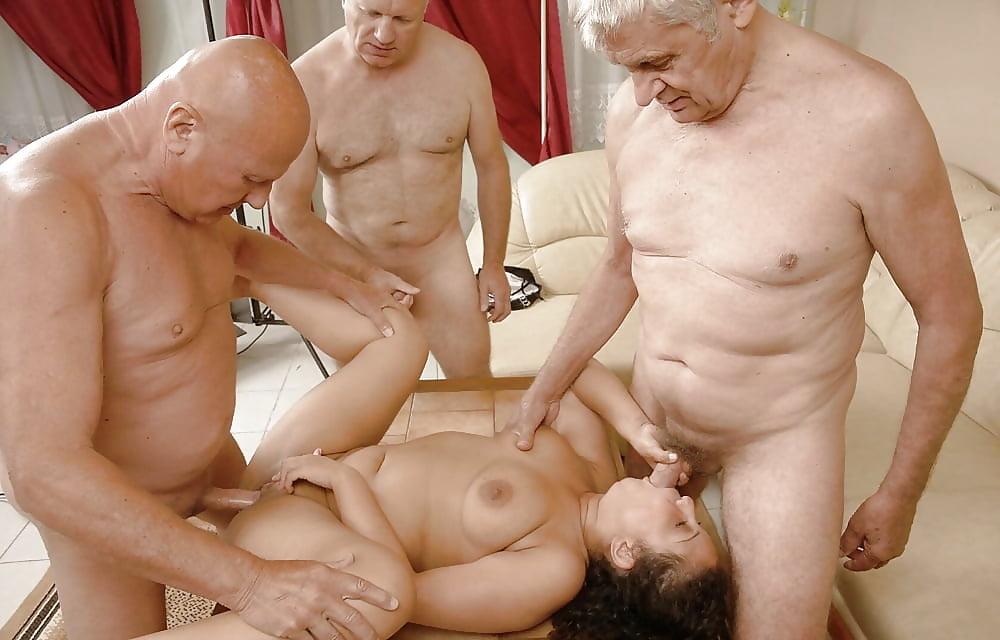 Фото секс стариков с девушкой этом