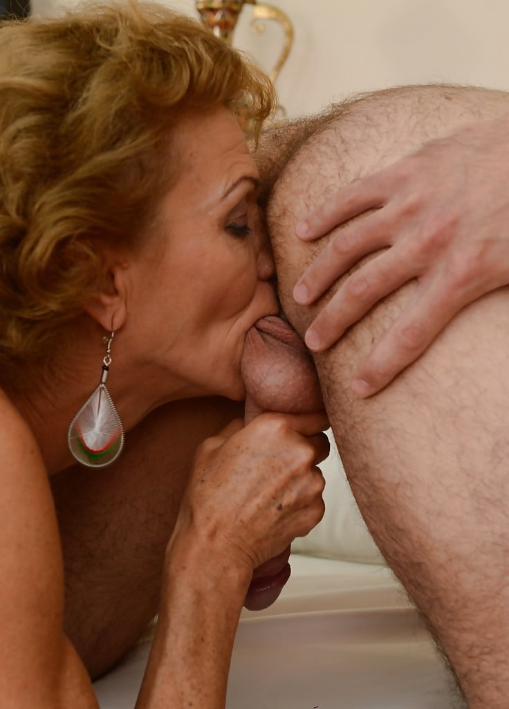 woman-nude-licking-granny-assholes-vids-porn-movie