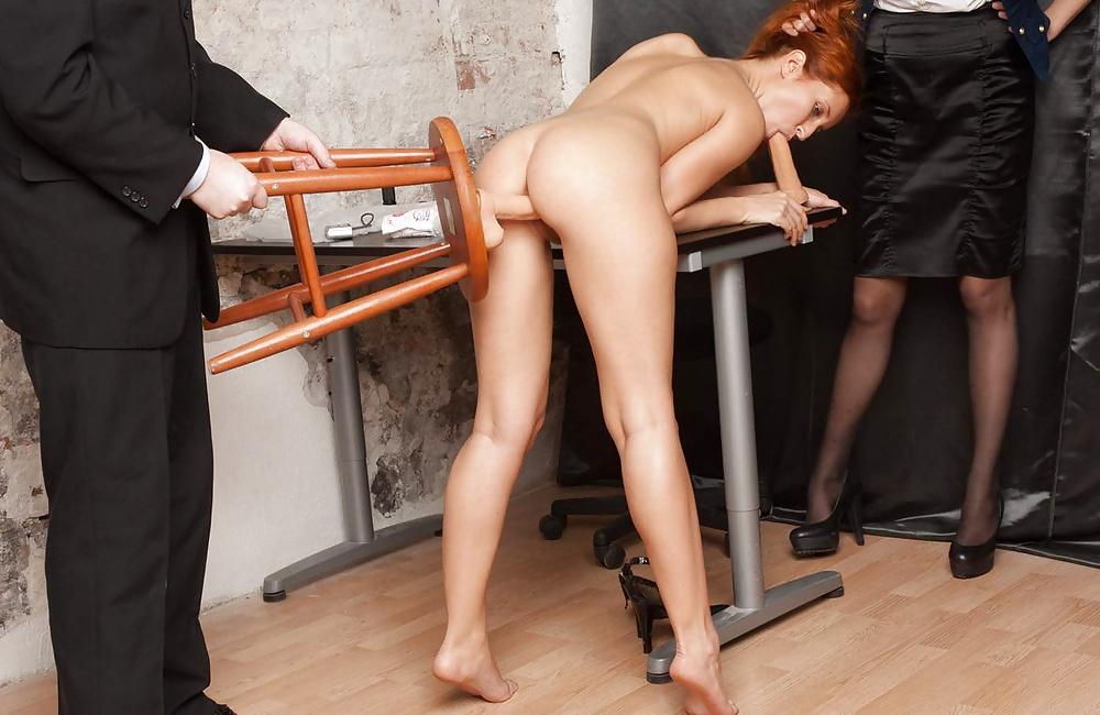 Унизили и оттрахали при приеме на работу в голландский офис, муж вылизывает сперму после русского любовника