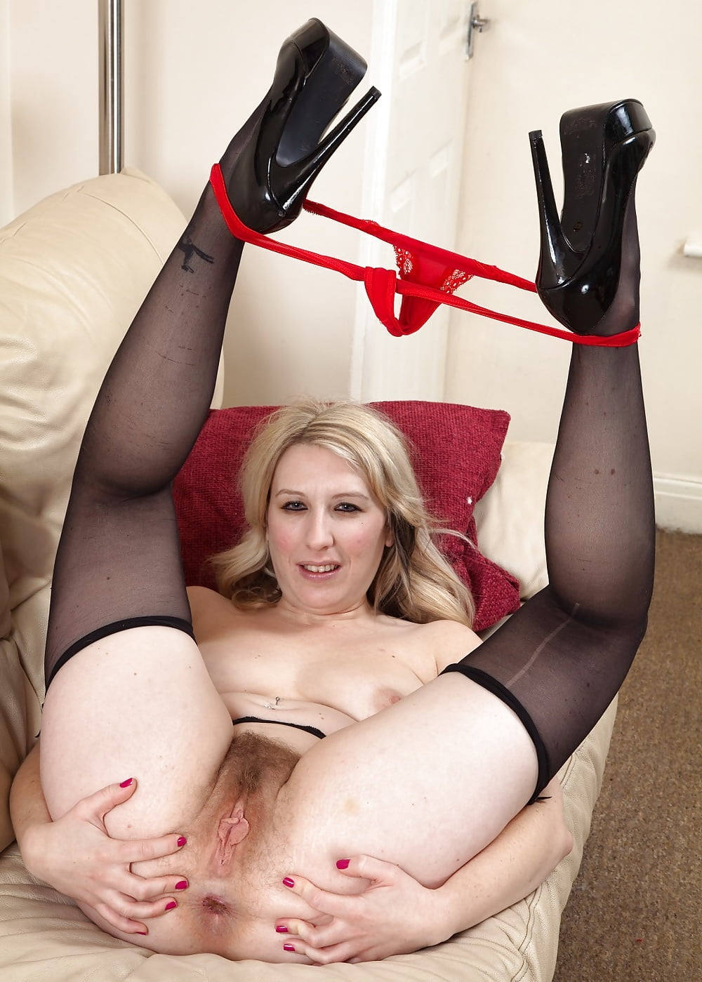 Mature hairy blonde nudes-8774