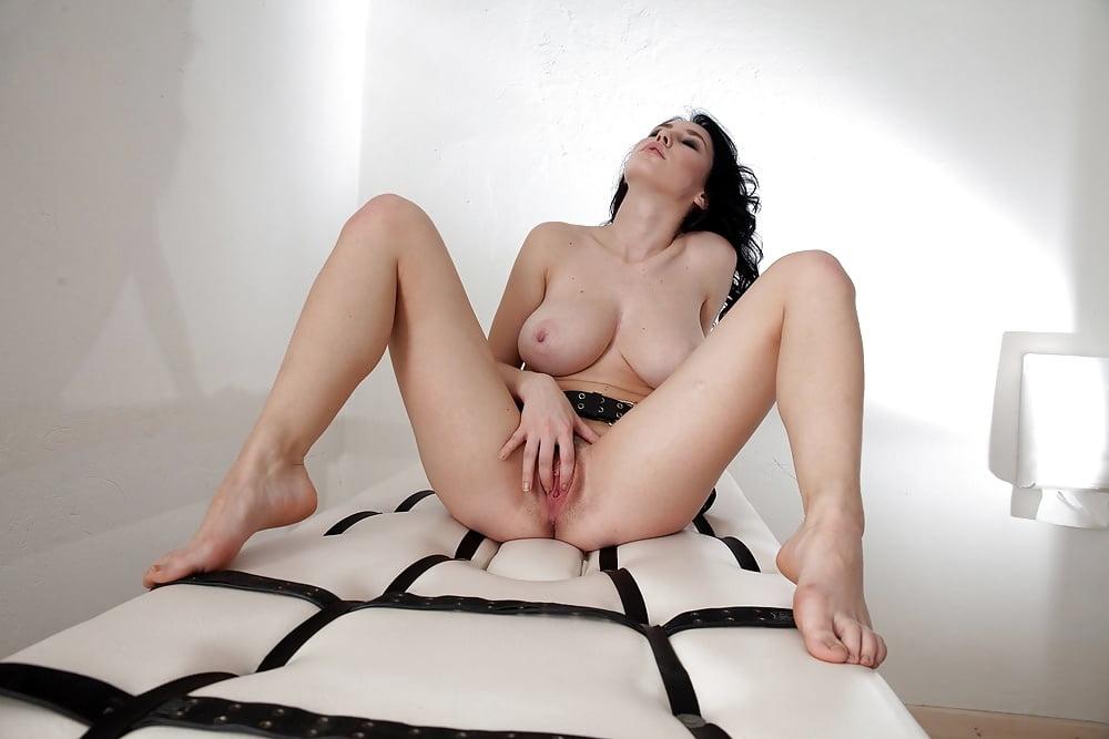 Sultry Sexpot - 14 Pics - Xhamstercom-6865